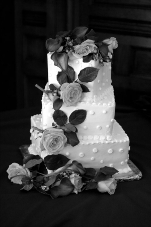 Black and white photograph of a wedding cake at the Gatehouse in Lafayette, CO.